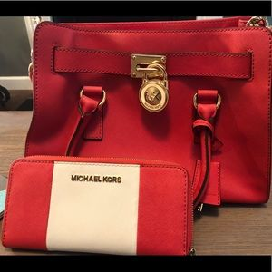 Michael Kors Hamilton Handbag & Wallet Bundle